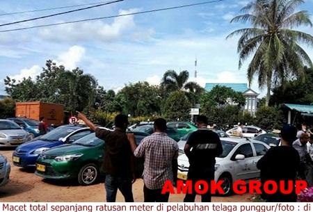 Parkir Semrawut, Ratusan Penumpang di Telaga Punggur Terlantar