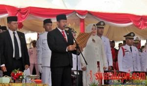 Ketua DPRD Batam Nuryanto Membacakan Teks Proklamasi