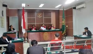 Majelis Hakim Vonis Bebas Yong Toni