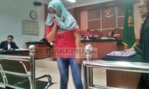 Yulia Suryani terdakwa Sabu 4 kg